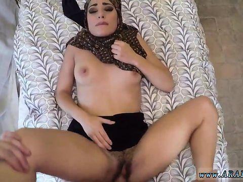Kurac do velike za anal